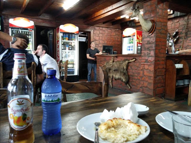 رستوران خینکالی هاوس (Khinkali house) - رستورانهای باتومی گرجستان